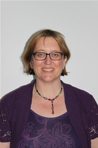 Profile image for Cllr Heather Hayward